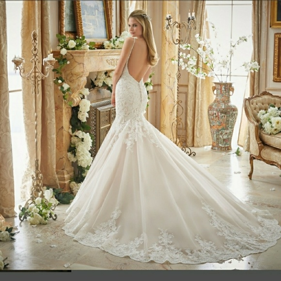 Mori Lee Wedding Gowns: Used Wedding Gown 2871